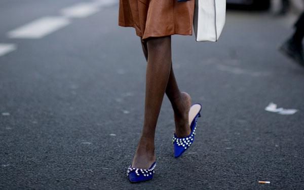 Estos zapatos bonitos sin tacón son perfectos para Navidad